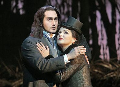 Based on an image by Ken Howard/Metropolitan Opera