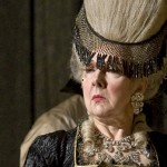 "Felicity Palmer as The Countess in Tchaikovsky's ""The Queen of Spades."""