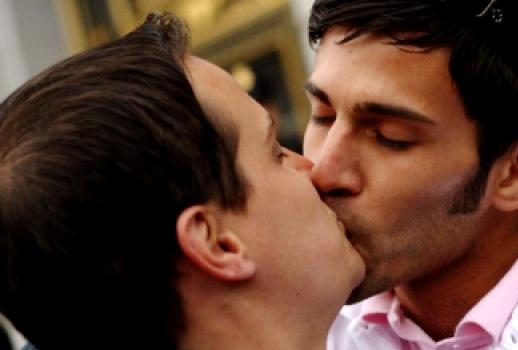 Hot Gay Tongue Kissing