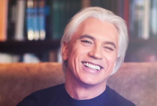 Dmitri Hvorostovsky is alive, his wife assures us