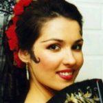 Anna of the camellias