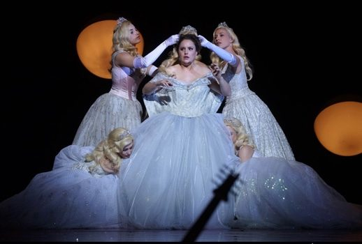 8e0c302a0cd6e For the opening night, the title role was sung by Louise Alder, winner of  the Dame Joan Sutherland ...